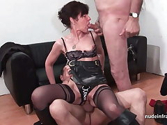French mature enduring sodomized and DP in 3way with Papy Voyeur