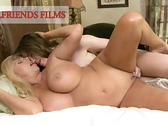Jodi Taylor Reenacts Lesbian Memory For Horn-mad MILF