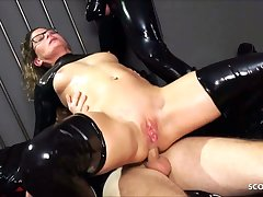 Real German bus Izzy Mendosa loves an anal BDSM latex threesome