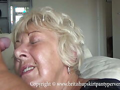 British mature unprofessional takes a huge facial in her own home