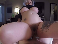 Big titty goth GF Ava Minx needs her morning creampie