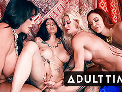 ADULT Lifetime - Erotic Lesbian Orgy Leads To SO MANY SQUIRTS!