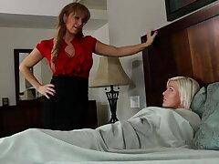 Titillating busty lesbian Jenna Ivory loves the brush teen Alyssa Lynn