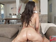Hot Teen With Big Ass PAWG Gia Paige