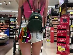 Petite Babe Haley Reed Flashes Tits beside Grocery Store then Fucks You (POV)