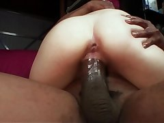 Slim petite amateur light skinned amateur pussy wanting to suck getting fucked