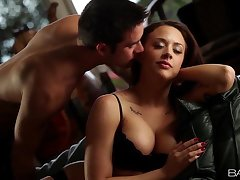 Babes.com - BLACK Investor - Chanel Preston