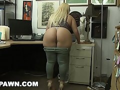 XXXPAWN - Thick Babe Nina Kayy Makes Lose one's train of thought Pawn Sell out Money, Honey! (xp14882)