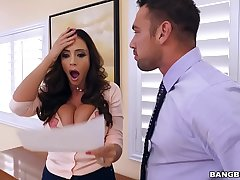 BANGBROS - Latina MILF Squirt Machine Ariella Ferrera Is  On Hoop-la